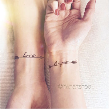 LOVE HOPE pair arrows