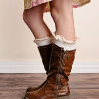 Vintage Lace Trim Cable Knit Boot Cuffs Ivory Ankle Socks