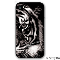 Black and white tiger iPhone 4, 5, 5C, 6 and 6 plus and Samsung Galaxy s3, s4, and s5 Phone Case