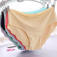 Solid Women Invisible Seamless Soft Thong Lingerie Briefs Underwear Panties
