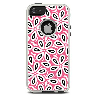 The Pink and Black Vector Floral Pattern Skin For The iPhone 5-5s Otterbox Commuter Case