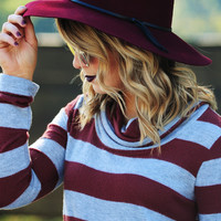 Hidden Beauty Hat: Maroon/Black