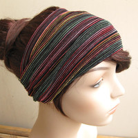 ... Crystahhled details  shades of 30b3a 769a7 Multicolor Raspberry Emerald  and Gold Tones Striped Turban Wrap Headband 5741355bef