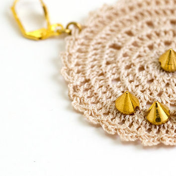Crochet Lace Spike Earrings in Ivory Gold Boho Chic Lightweight Circle Geometric Doily Ottoman Tile Iznik Doily Modern