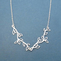 Twin, Leaves, Tree, Silver, Necklace, Bay leaves, Twig, Chevron, Necklace, Birthday, Lovers, Best friends, Sister, Mom, Gift, Jewelry