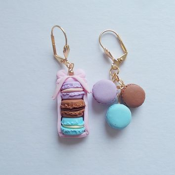 Oui Macaron mismatched earrings, Handmade gift for French macaron lovers