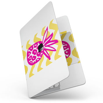 "Pink and Yellow Pineapple - 13"" MacBook Pro without Touch Bar Skin Kit"