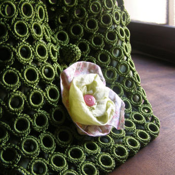 Green Crochet Hobo Bag, Spring Summer Knitted Net Flower Applique Zipped Market Bag, Rustic Mori Girl Embellished Day Shoulder Handbag, Boho