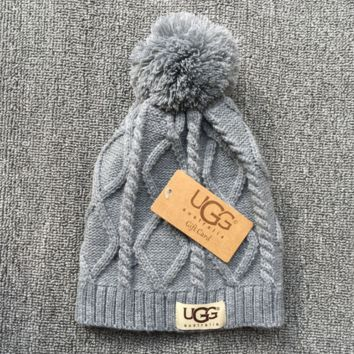 UGG Autumn Winter Soft knitted Beanies Hat - Gray