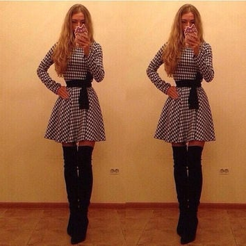 Plaid Long Sleeve O-neck Short Chiffon Dress