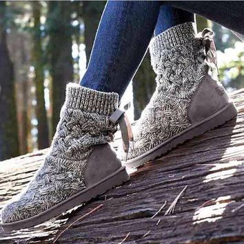 "shosouvenir : ""UGG"" female fashion wool snow boots wool shoes (4-Color)"