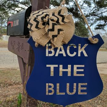 Police Officer Gift, Law Enforcement, Policeman sign, Gift for Policeman, Metal Garden Flag, Yard Decor, Metal Yard sign, Back The Blue Sign