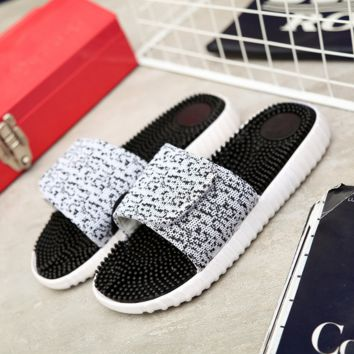Casual Unisex Yeezy Beach Slippers