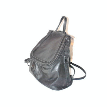 black LEATHER backpack / vintage 90s GRUNGE mid size minimalist slouchy PACKSACK book bag