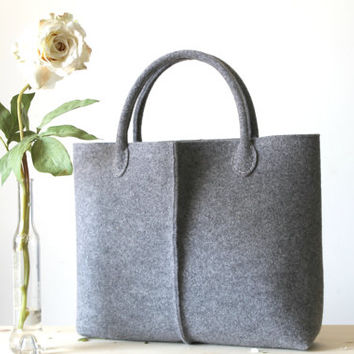 Special Discount: Original Price 87,52 dollars. Elegant and Casual Felt Bag from Italy, Tote Bag, Felted bag, Market Bag, Felt Tote.