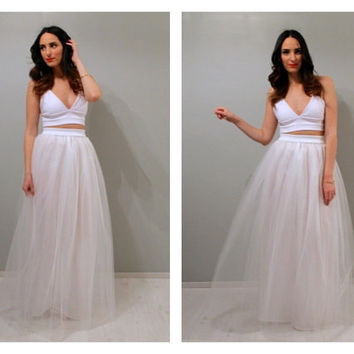 Maxi white tulle skirt, maxi tulle skirt, wedding skirt, wedding dress, white tulle skirt, tulle skirt, beach wedding dress.