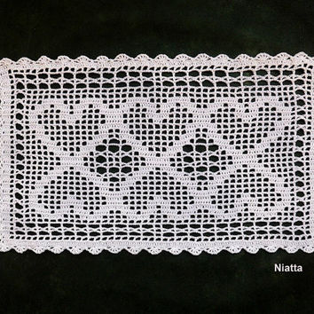White Hearts Doily Filet Runner Rectangular Wedding Crochet Fine Thread Niatta