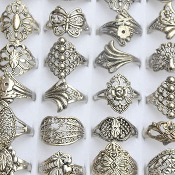 100Pcs  Jewelry Lot Mixed Style Tibet  Vintage Rings Hollow Design Flower  Rings For Men Women