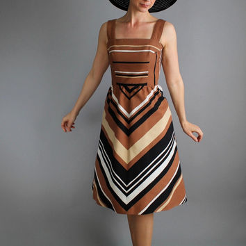 Beautiful Brown Black White Chevron Stripe Day Dress. Chic. Bold Print. Resort Vacation. Spring. Summer