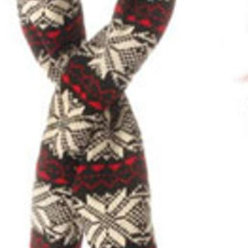 ONETOW 59' Alpine Chic Black Red and Cream Snowflake Knit Nordic Design Christmas Scarf Ornament