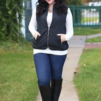 Fall in Love Puffer Vest in Black - Curvy