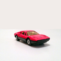 Maisto Red Ferrari 308 GTB // Vintage Maisto Red Ferrari 308 GTB Toy Car // Ferrari Toy Car // Ferrari Collectible Toy Car // Maisto Toy Car