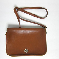 Vintage brown leather purse. cross body purse.