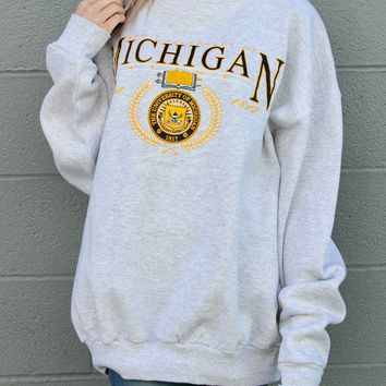 """The University of Michigan"" Vintage Sweatshirt"