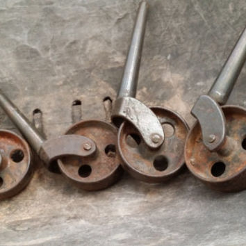 Set of 4 Matching Vintage Rusty Metal Industrial Furniture Leg Casters Wheels Restoration Project Decor Altered Art Supply