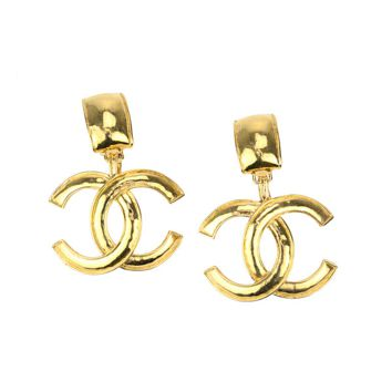 Chanel Pre-Owned: Chanel Vintage Gold Cc Logo Earrings | Bluefly.Com