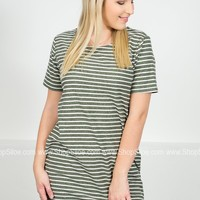 Retro-Inspired Striped Pocket Dress | Colors