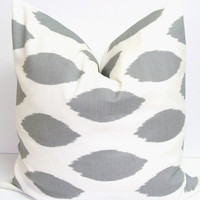 Gray Ikat Pillow.18x18 inch.Pillow Cover.Printed Fabric Front and Back.Grey Cushion Cover.Spotted Pillow.Gray and White