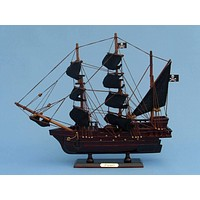 """Wooden Edward England's Pearl Model Pirate Ship 14"""""""