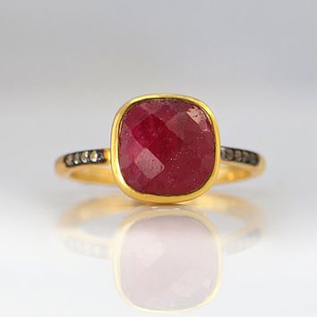 Faceted Dyed Ruby Vermeil Gold White Topaz pave cushion square shape stacking bezel set ring - July Birthstone