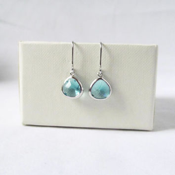 silver aqua blue earrings, aquamarine blue drop earrings, blue and silver earring jewelry