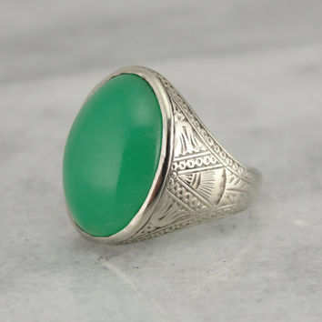 Beautiful Chrysoprase and 18K Gold Antique Ring for Man or Woman 0D69L9