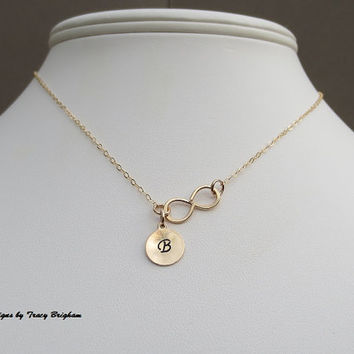 Personalized 14K Gold filled Initial Disc Infinity Pendant Necklace Best Friend Bridesmaid Girlfriend Maid of Honor Mother Sister Gift Idea