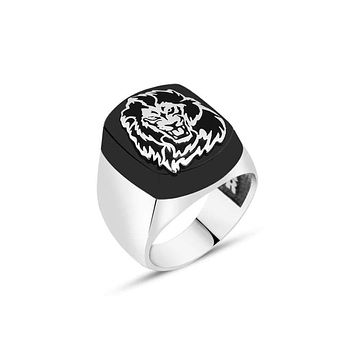 Mens 925 sterling silver ring with onyx gemstone and lion
