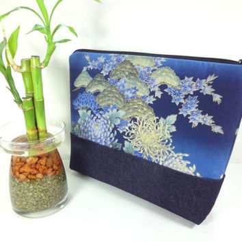 Large Travel Pouch, KImono Cosmetic Bag, Great Gift Idea, Padded Make-up Bag Japanese Kimono Cotton Fabric chrysanthemum Navy