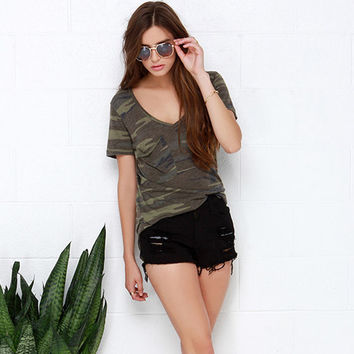 New Summer Fashion Women T-shirts Slim Short Sleeves Camo Printed Tee Loose Army Green V Neck Camber Bottom Vogue Tops