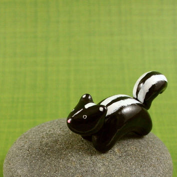 Motion Skunk  Hand Sculpted Miniature by MadeWithClayAndLove