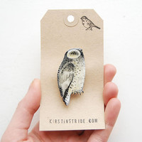 Hand- drawn Snowy Owl, bird brooch / Hand made