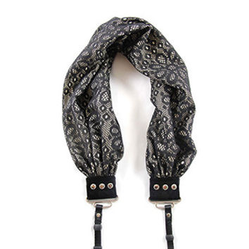 CASCARF-DALC Daisy Lace Scarf Camera Strap - Capturing Couture