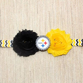 NFL Pittsburg Steelers inspired headband- perfect for football season!  Pittsburg Steelers Baby Headband