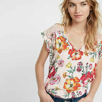 floral print pieced lace rolled sleeve blouse