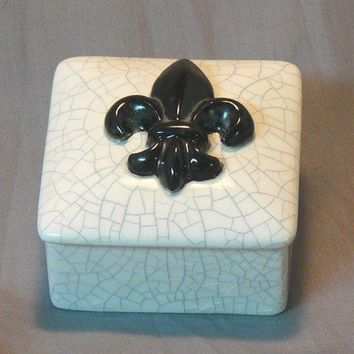 Ceramic Fleur de Lis Keepsake Box by GrapeVineCeramicsGft on Etsy