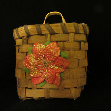 SMALL Vintage Natural Woven Wall Basket-Glittered Poinsettia Accent-Holiday Decor-Country Decor-Cottage Chic-Gift-Storage-Christmas Decor