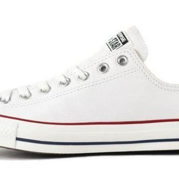 CREYNW6 Converse Unisex: CT Ox White Leather Sneaker