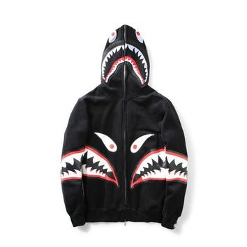 DCCKHQ6 BAPE SHARK Autumn and winter tide brand camouflage Star Shark couple sweater men and women models zipper hooded plus coat