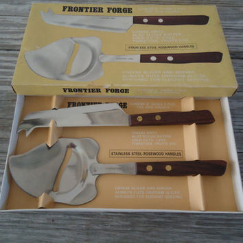 The Odd Couple Cheese Knife Set, Cheese O Rama, Frontier Forge Rosewood Handles Robinson Knife Co, Original Box, Made in Japan